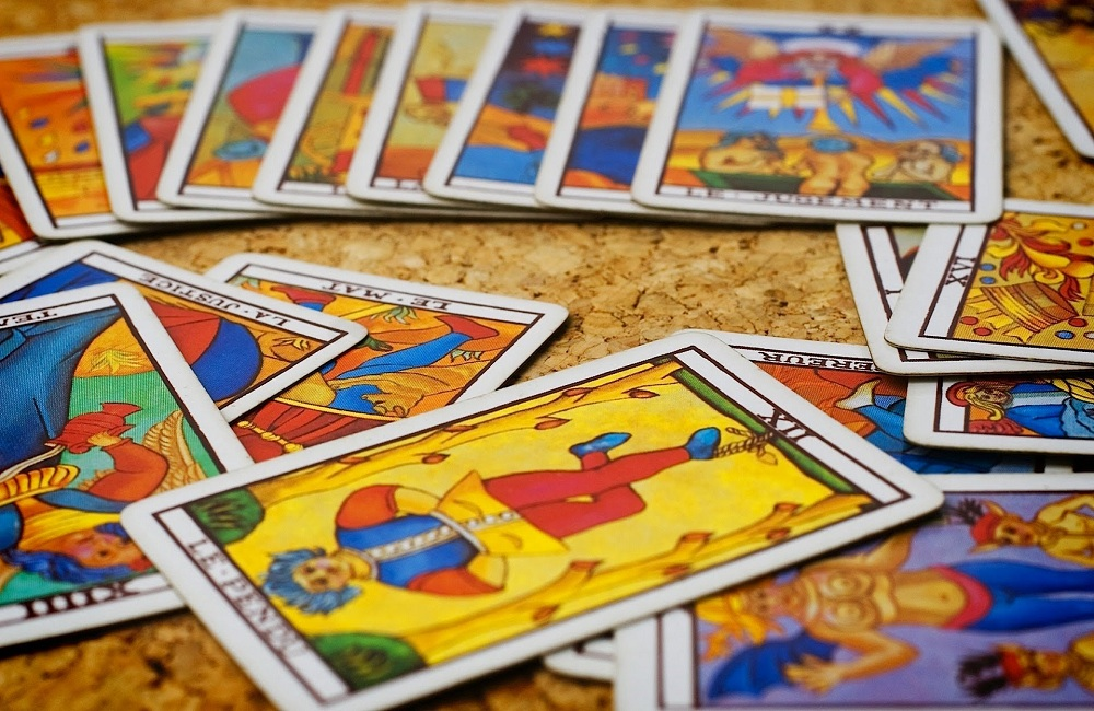 About Tarot Card Reading